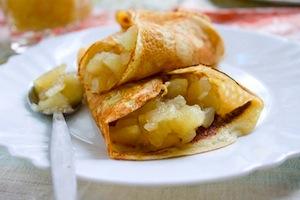 Блинчики с пряной яблочной начинкой