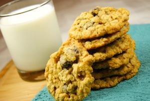 Oatmeal Raisinet Cookies 1